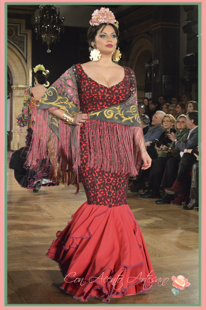 Sara de la Cruz con traje de flamenca coplero de Angeles Verano en We Love Flamenco