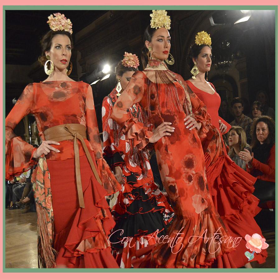 Vestidos de flamenca rojos y naranjas de Ángeles Verano en We Love Flamenco 2015