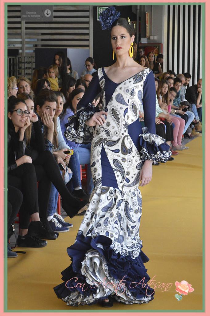 Traje de flamenca de Jose Antonio Peinado en el III Certamen Moda Flamenca IKEA Sevilla 2015