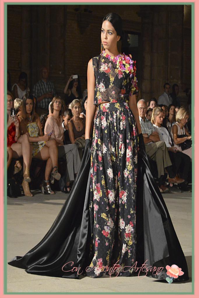 Vestido de Angela Moreno para el desfile 'El esplendor de la urbe'
