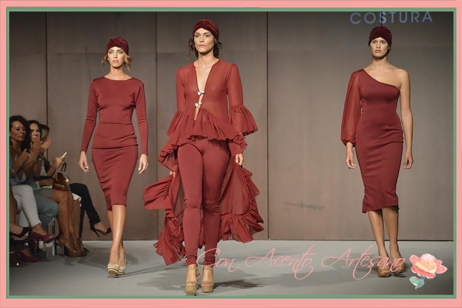 Neopreno y seda en rojo para mini-colección en rojo apagado de LaPaca  Costura