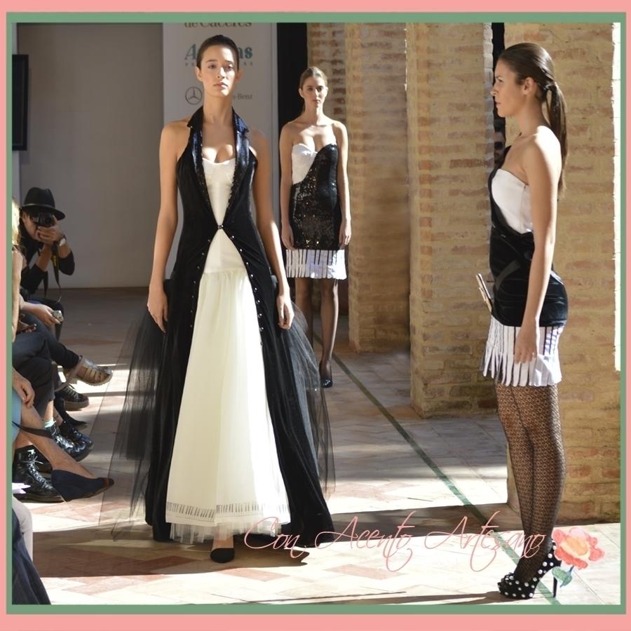 Blanco y negro en la colección de Cristina Granero en Andalucia de Moda 2015