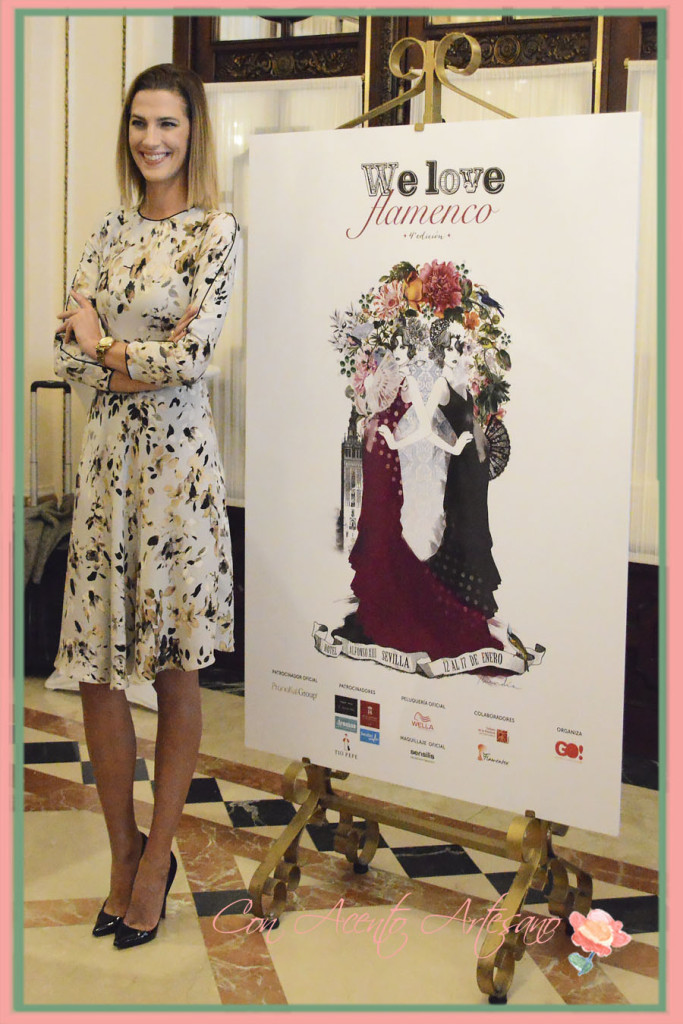 Laura Sánchez junto al cartel de We Love Flamenco 2016