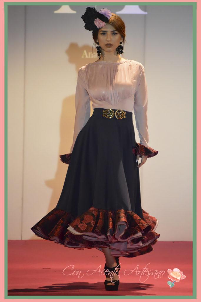 Dos piezas flamencas de falda con largo midi de Ana Mayo