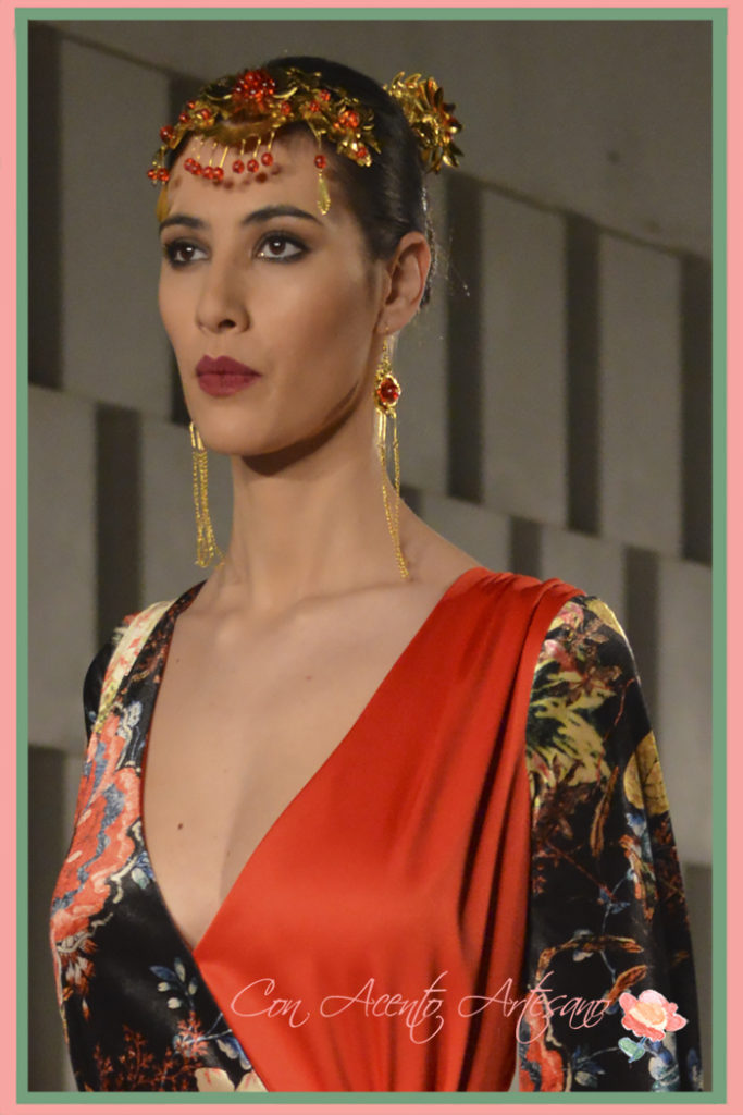 Diademas nupciales chinas en los estilismos flamencos de Aurora Ruíz