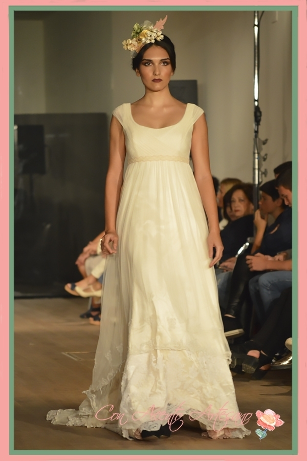Vestido de novia corte imperio de Ángela y Adela