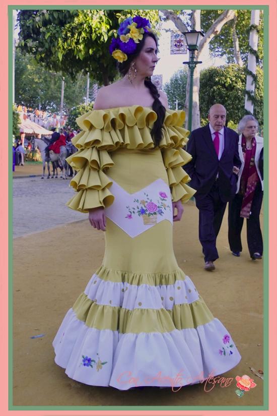 Traje de flamenca de Amalia Vergara de su colección 'Perdiéndome en el tiempo'