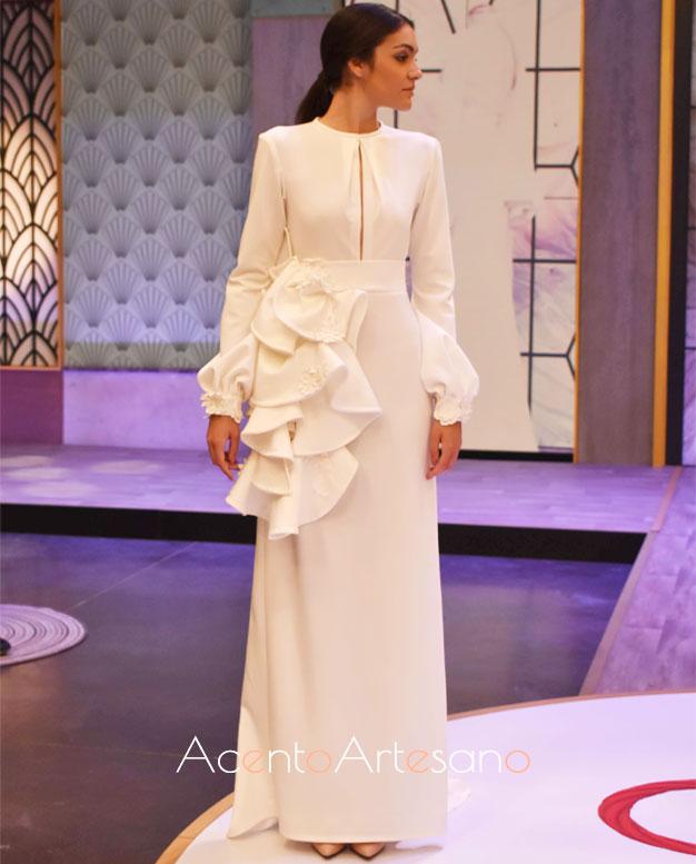 Vestido de novia del equipo blanco, de Jénnifer, en el programa 6 de Aguja Flamenca