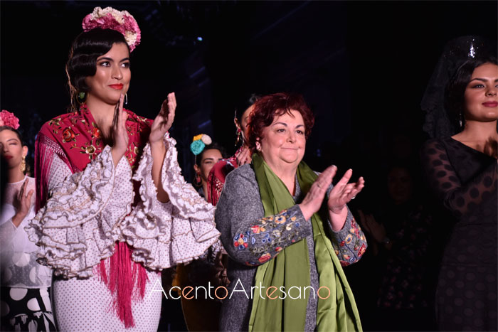 Carmen Acedo tras el carrusel de su desfile en We Love Flamenco 2020